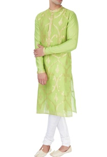 lime-green-kurta-in-patra-embroidery