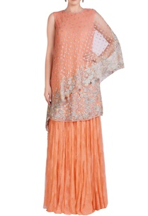 peach-embroidered-kurta-set-with-cape