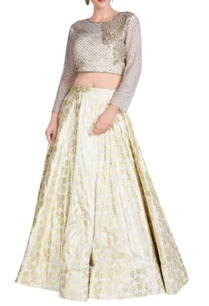 ivory-lehenga-set-with-embroidery