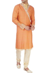 gold-sherwani-set-in-wrap-style