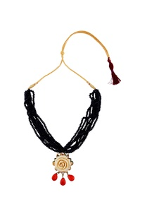 black-multiple-beaded-necklace