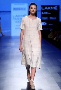 cream-checkered-midi-dress