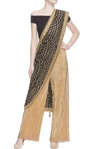 gold-crinkled-pants-black-sari-drape