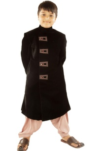 black-sherwani-with-patiala