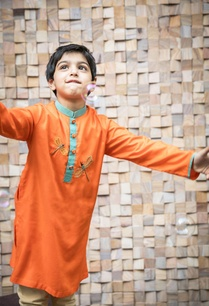 orange-dragon-fly-kurta-set