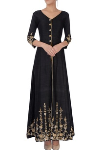 black-gold-embroidered-kurta-set