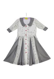 white-grey-leaf-print-pleated-dress