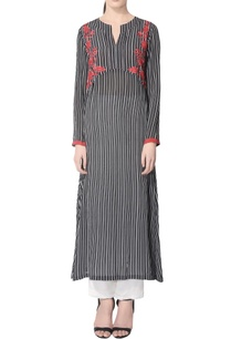 black-white-striped-kurta-set-with-embroidery