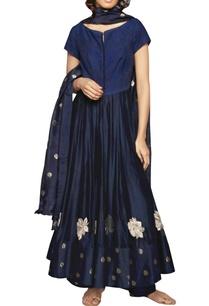 navy-blue-embroidered-kurta-and-dupatta-set