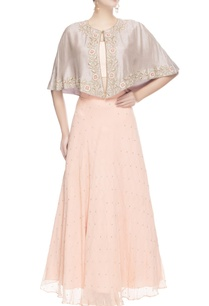 peach-embroidered-lehenga-with-cape