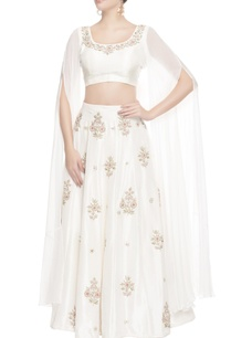 white-floral-embroidered-lehenga