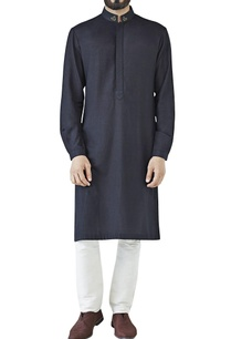 black-embroidered-collar-kurta