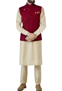wine-red-dori-embroidered-nehru-jacket