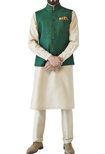 green-tonal-embroidered-bandi