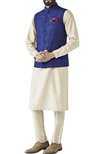 navy-blue-tonal-embroidered-raw-silk-bandi