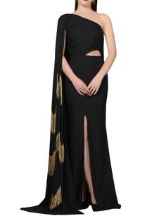 black-one-shoulder-gown