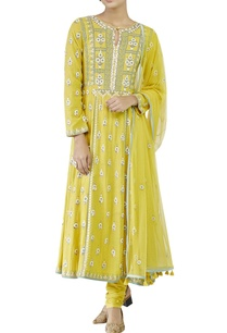 yellow-embroidered-suit