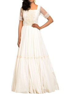 ivory-peasant-style-gown