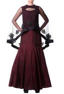 burgundy-mermaid-pleated-gown-with-cape