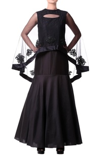 black-gown-with-cape