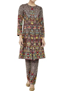 brown-embroidered-kurta