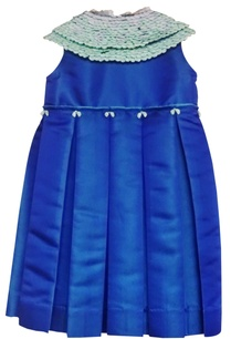 blue-peter-pan-collar-dress