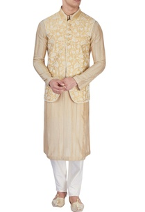 beige-embroidered-bandi-jacket