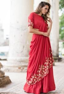 red-lehenga-sari-with-blouse