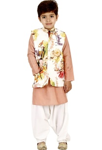 floral-printed-vest-set-with-pathani