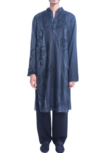 grey-kurta-set-with-thread-embroidery