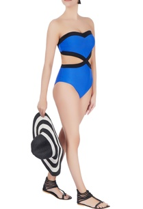 blue-sweetheart-neckline-swimsuit