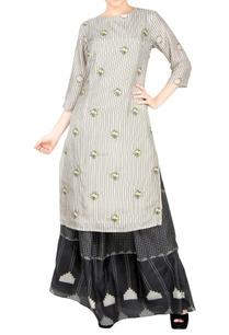 off-white-kurta-black-skirt