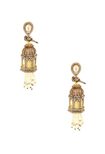 silver-white-palace-motif-earrings