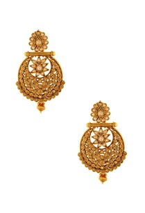 gold-plated-earrings-with-maangtika