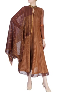 dark-brown-tunic-with-attached-drape