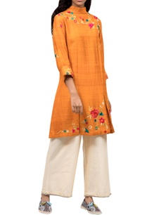orange-floral-embroidered-kurta