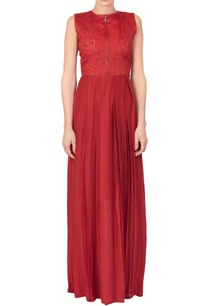 red-pleated-style-dress