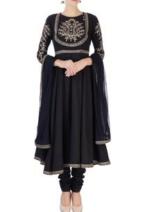 black-kurta-in-zari-embroidery-set