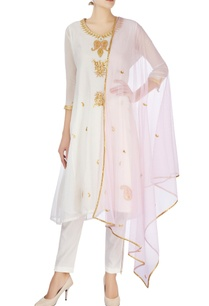 white-gold-maroodi-embroidered-kurta-set