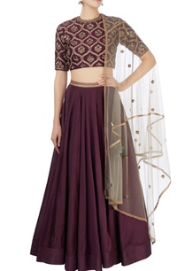 purple-zari-embroidered-lehenga