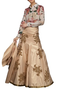 peach-mermaid-skirt-with-antique-gold-embroidery