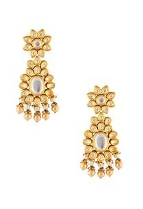 gold-white-circular-motif-earrings