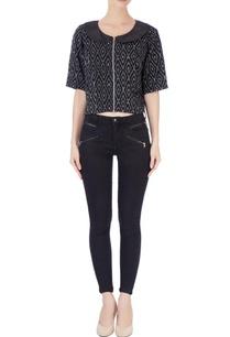 black-white-bib-collar-blouse
