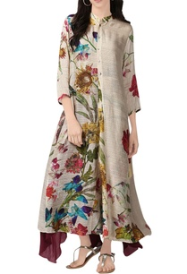 white-floral-print-long-kurta