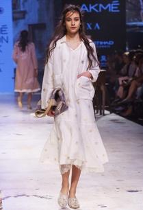 white-hand-woven-banarasi-jacket