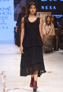 black-embroidered-long-dress