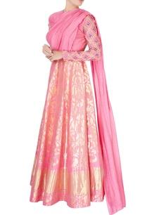 pink-kanjivaram-silk-gown