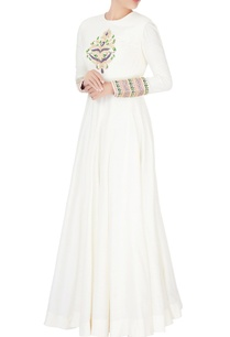 white-silk-flared-anarkali