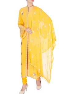 yellow-rose-embroidered-kurta-set