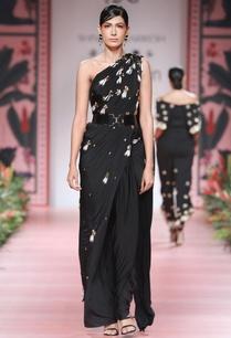 black-embellished-concept-sari